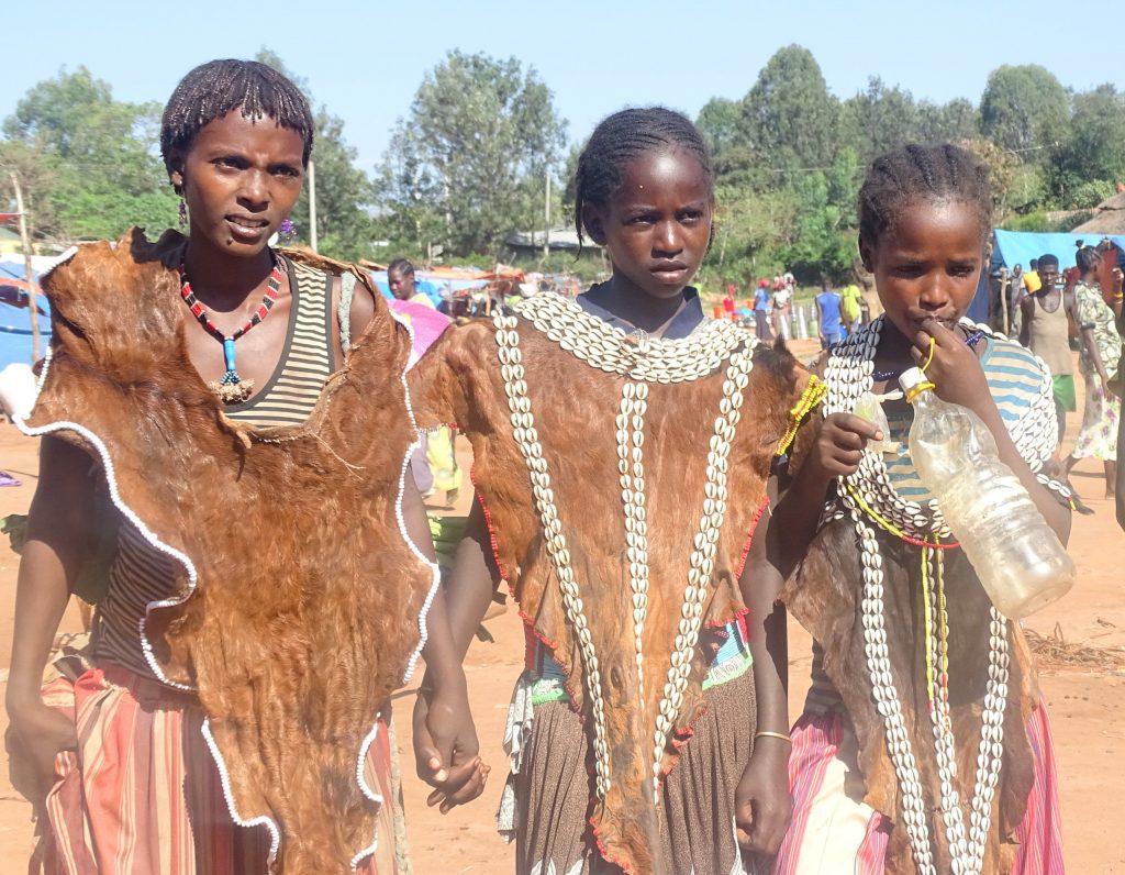 בנות שבט הבאנה. צילום: חוה אברבנאל