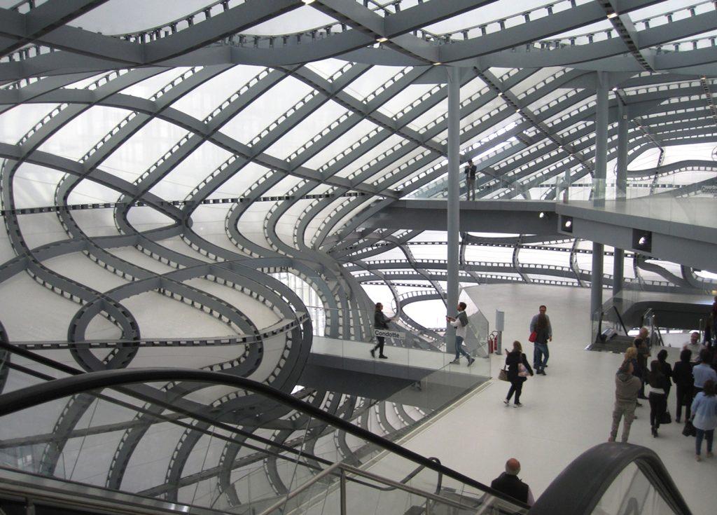 מרכז הכנסים ב- EUR. צילום מתוך guiding-architects.net