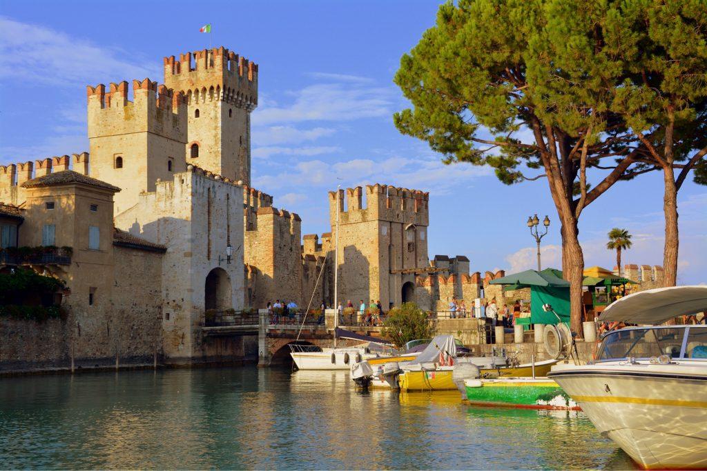 המצודה בסימיונה, חלק מהקסם של המקום. צילום: Pixabay