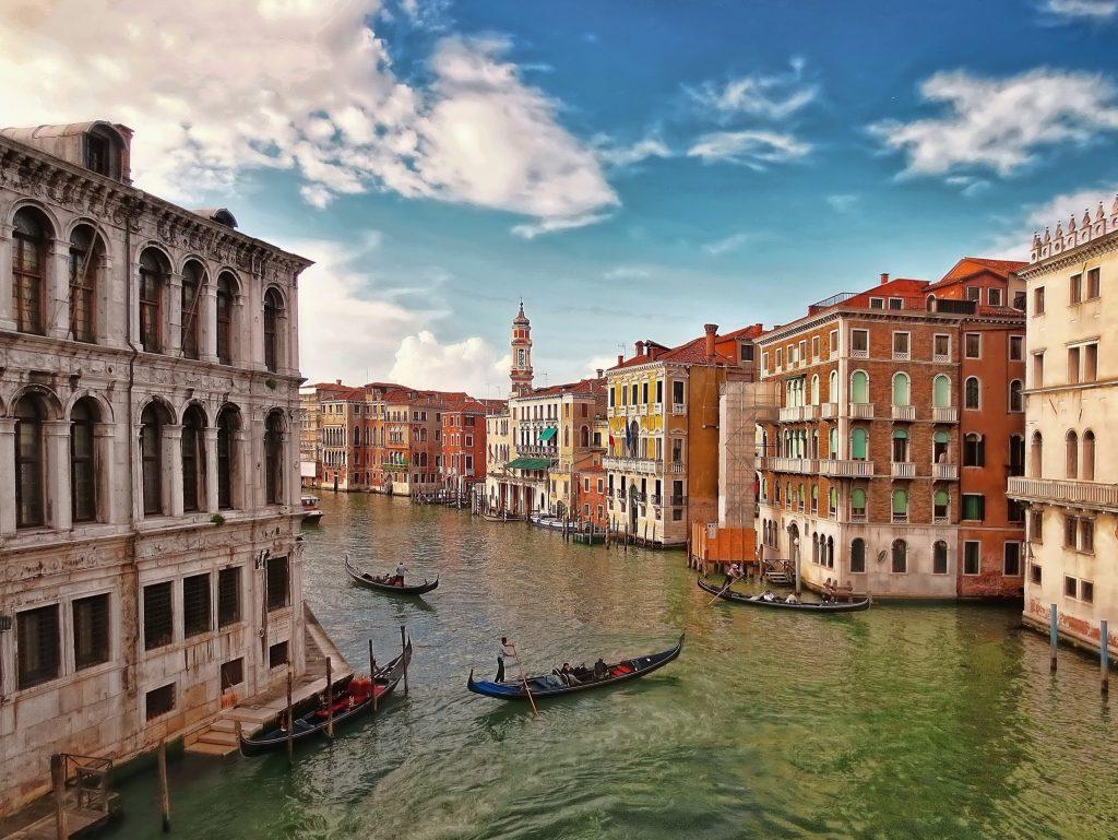 ונציה קסומה למרות עומס האנשים. צילום: Pixabay