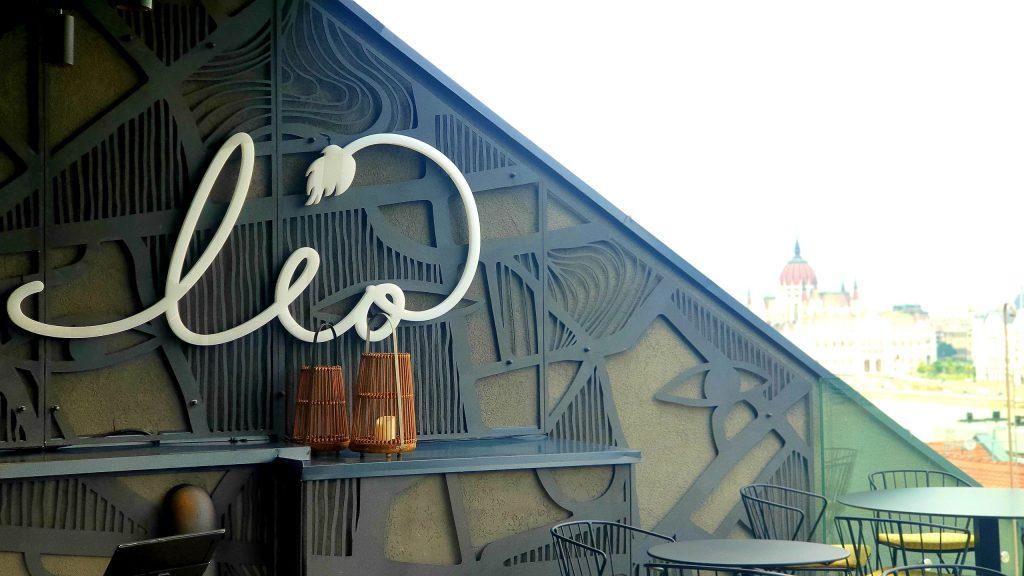 סקיי בר ליאו, מלון קלרארק. צילום: אווה ברזלי
